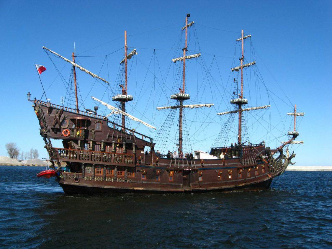 Wycieczka statkiem pirackim